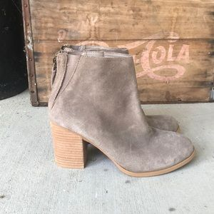 Urban Outfitters Boots Size 7